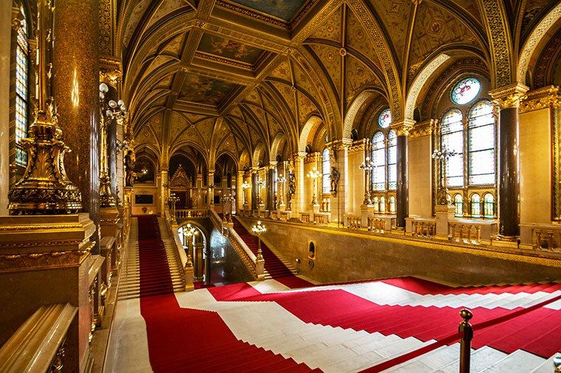 здание парламента будапешт