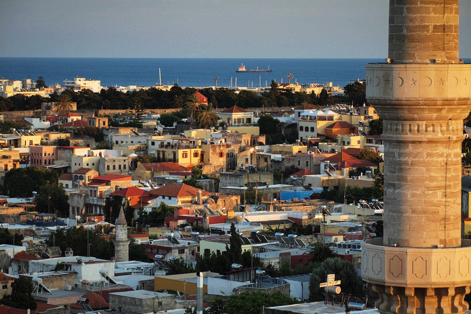 первым включением фотографии города родос греция рыба находится ближе